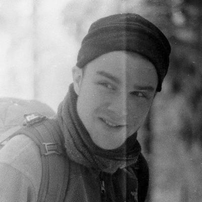 Zdjęcie portretowe Macieja Jureczko